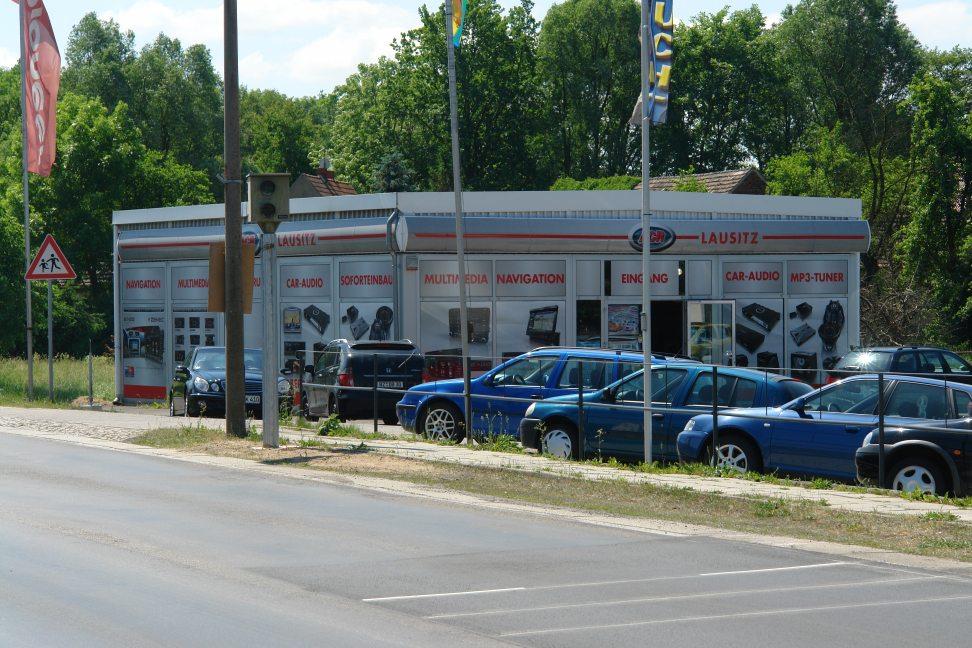 stationäre Geschwindigkeitsmessanlage / Starenkasten